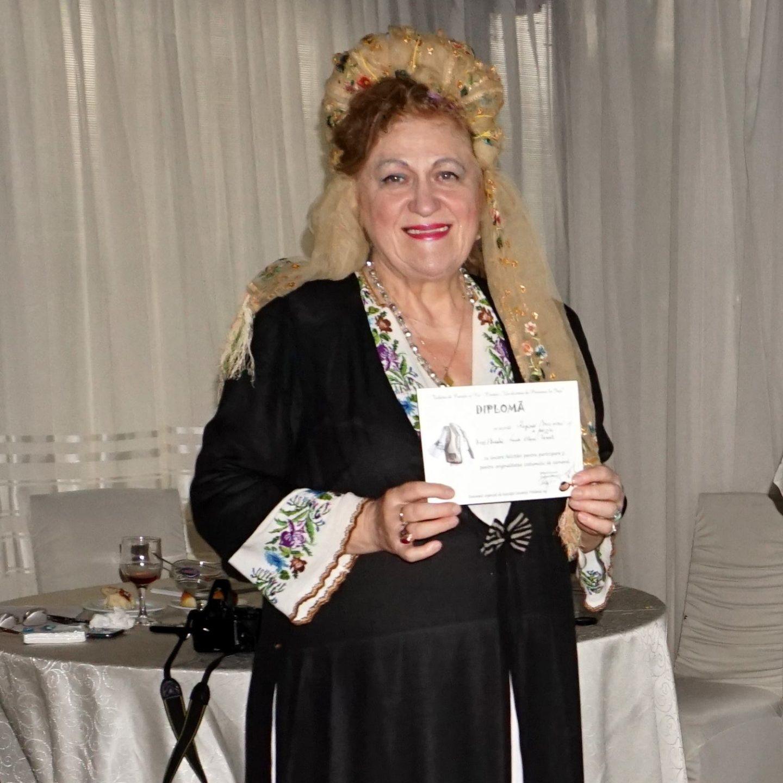 Lucia Olaru Nenati