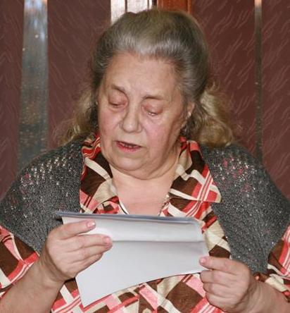 CRĂCIUNUL  CARE  MI-A  SCHIMBAT  VIAŢA – Prefață scrisă de doamna Lucia PĂTRAŞCU                                                                                                                              Poet, prozator,                                                                                                                   publicist în reviste literare,                                                                                             lector, comentator şi prefaţator de carte