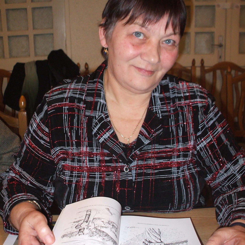 """""""Pentru mine, credința și iubirea din poezia Domnului Eminescu, sunt mai tari decât moartea!"""" – Interviu cu doamna Constanța Abălașei Donosă -poetă, pictor, grafician"""